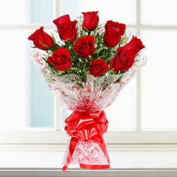 hand bunch of 10 red rose