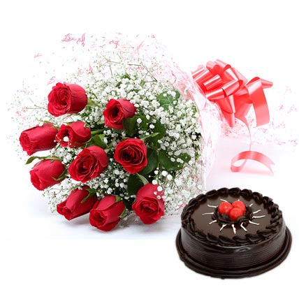 red-rose-with-cake