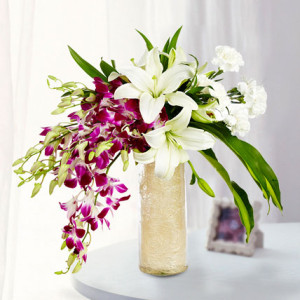 Royal Love Flower Vase