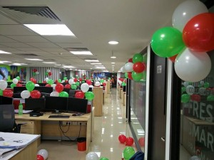 15 august balloon decoration in office